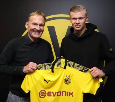 Erling Braut Haaland officially joins Dortmund