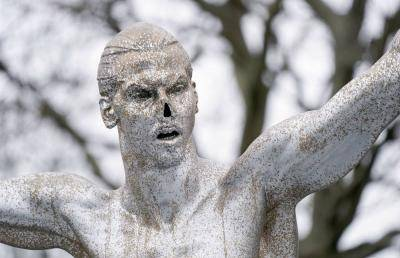 Vandals cut off the nose of Zlatan Ibrahimovic statue