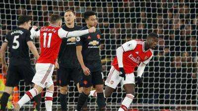 Arsenal crush Man United to grab first home win since October