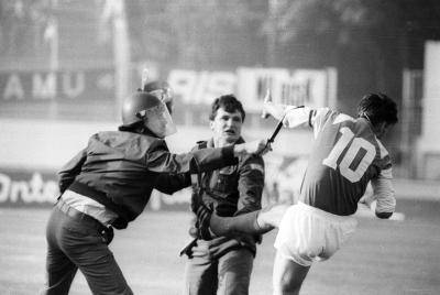 5 Politically-Charged Football Matches that Turned into Madness