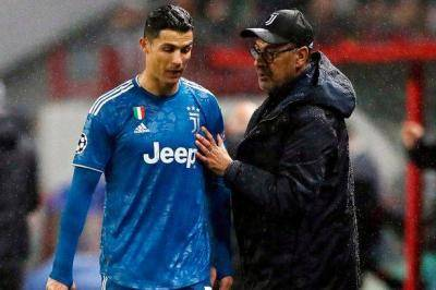 [VIDEO] Maurizio Sarri: Cristiano Ronaldo can't play regularly anymore