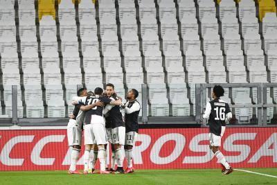 [VIDEO] Juventus beat Inter…but not coronavirus