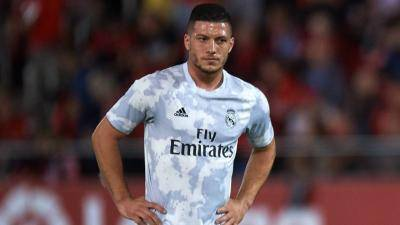 [VIDEO] Real Madrid's Luka Jovic breaks the quarantine order