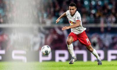[VIDEO] A tough time for Tyler Adams in Bundesliga