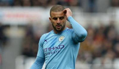 [VIDEO] Kyle Walker breaks social distancing rules by hosting a wild party