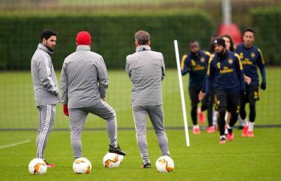 [VIDEO] Arsenal players return to training next week