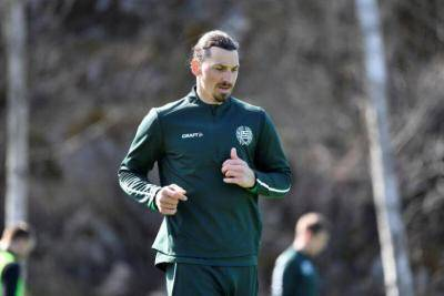 Zlatan Ibrahimovic fights off cough to keep in shape