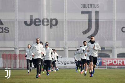 [VIDEO] Italy government allow Serie A players to train in May