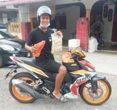 Pemain Pahang ini tidak kisah jadi delivery boy