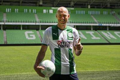 [VIDEO] Arjen Robben came out of retirement to play with Groningen