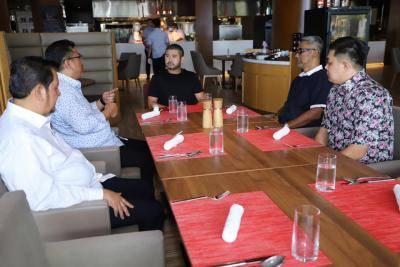 Melaka United dan JDT bincang kerjasama dalam pembangunan akar umbi