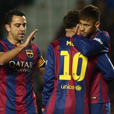 """Xavi menyatakan bahawa dia ingin """"kembali ke Barca setelah pilihan raya musim depan"""""""
