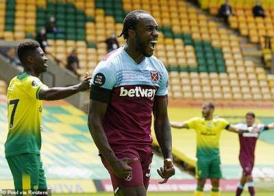 Michail Antonio nets 4 to relegate Norwich and keep West Ham hopes alive!
