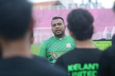 Siapa Nazrulerwan Makmor, jurulatih interim Kelantan United?
