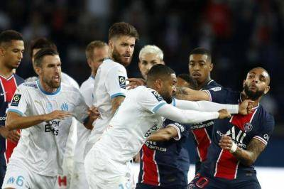 Ligue 1: PSG suffer shocking defeat to Marseille, five players sent off