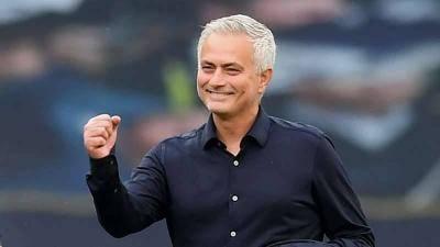 Sekiranya Jose Mourinho adalah 'The Special One', maka siapakah 'The Normal One'?