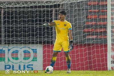 Aidil Sharin puji prestasi penjaga gol muda Azri Ghani