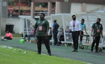 FAM bingung jurulatih UKM FC adalah pengarah syarikat pasukan