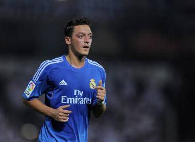 History repeats itself for Mesut Ozil as Arsenal want to replace him with the star who replaced him at Real Madrid