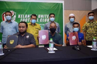 Piya, Fitri Omar sertai Kelantan United