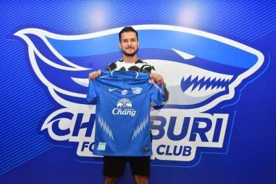 Junior Eldstal kembali dari UK, sertai Chonburi FC