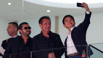 Agreement reached by wealthy Prince of Johor to buy Valencia from Peter Lim