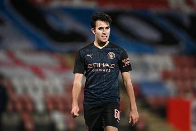 Barcelona secara rasmi mengumumkan penandatanganan Eric Garcia