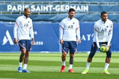Previewing the strongest 4-3-3 PSG line-up featuring the Messi superstars galore