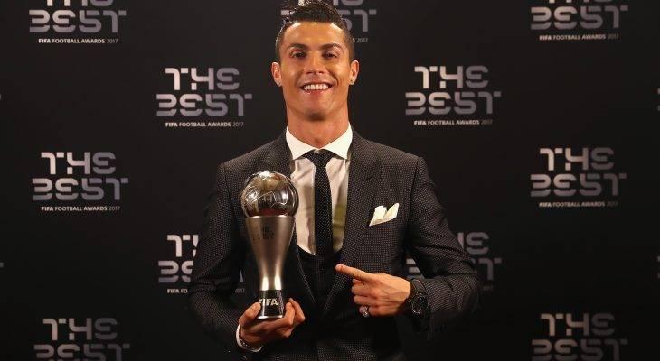 Роналду ФИФА-гийн оны шилдэг хөлбөмбөгчин боллоо