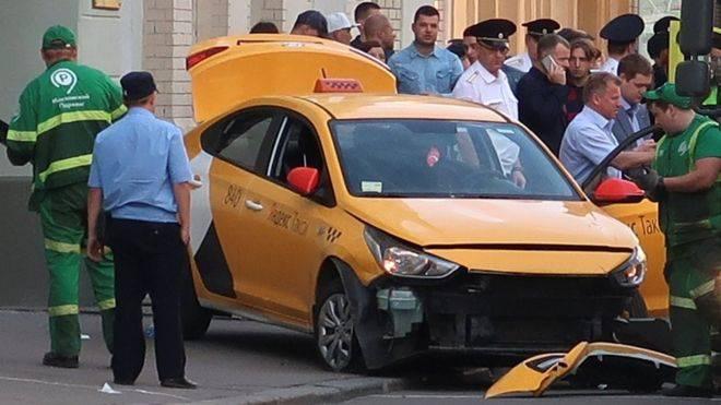 Москва хотод таксины жолооч осол гаргажээ