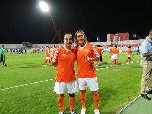 ดวลตำนานนักเตะระดับโลก! สมยศร่วมทีม AFC ลงแข่งขันฟุตบอลนัดพิเศษ FIFA