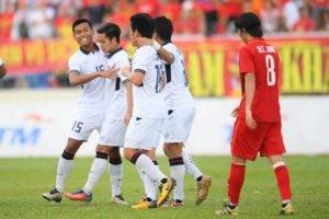 แชมป์กลุ่ม! ช้างศึกถล่มเวียดนาม 3-0 ชนเมียนมารอบรองฯฟุตบอลซีเกมส์
