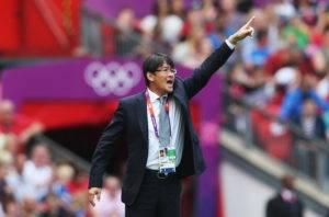 โปรไฟล์หรู! ทีมเวียดนามทาบอดีตโค้ชญี่ปุ่นดีกรีอันดับ 4 โอลิมปิกเกมส์ 2012 นั่งที่ปรึกษา