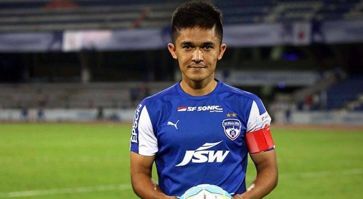 ซูนิล เชตรี กัปตันอินเดีย : แฟนบอลอาจจะคิดว่าง่ายที่เราเจอไทย?