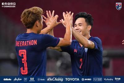 """ตัดเกรดแข้ง """"ช้างศึก"""" เกมบุกต้อนทีมชาติอินโดนีเซีย 3-0 ฟุตบอลโลกรอบคัดเลือก กลุ่ม จี นัดที่ 2"""
