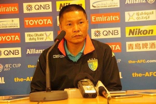 """HLV Chu Đình Nghiêm: """"Đội bóng thủ đô vẫn đang đi đúng hướng"""""""