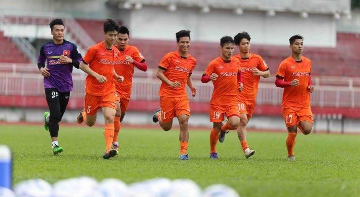 U23 Việt Nam 3-0 U23 Malaysia: Đầu xuôi đuôi lọt?