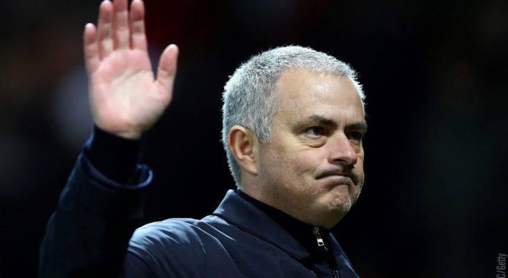 HLV Mourinho chỉ trích thái độ thi đấu của các học trò dù thắng đậm