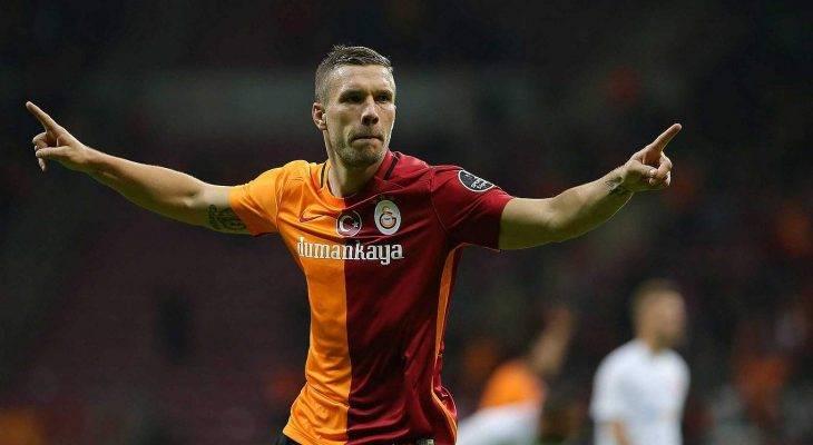 Lukas Podolski sẽ tới Nhật Bản thi đấu trong tuần này