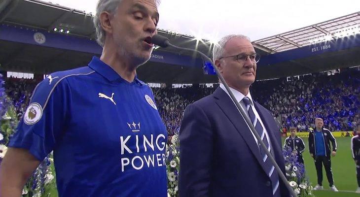 CĐV Leicester tri ân HLV Ranieri tại trận đấu với Liverpool