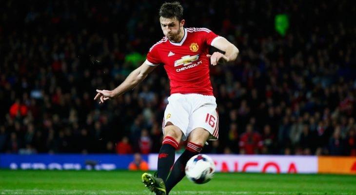 Đội phó của Man Utd bị ép giảm lương