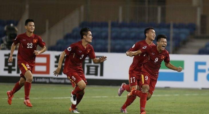 Fly-cam xuất hiện trên sân tập của đội tuyển U20 Việt Nam