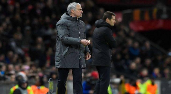 Điểm tin tối 17/3: Mourinho lý giải nguyên nhân đưa chuối cho học trò