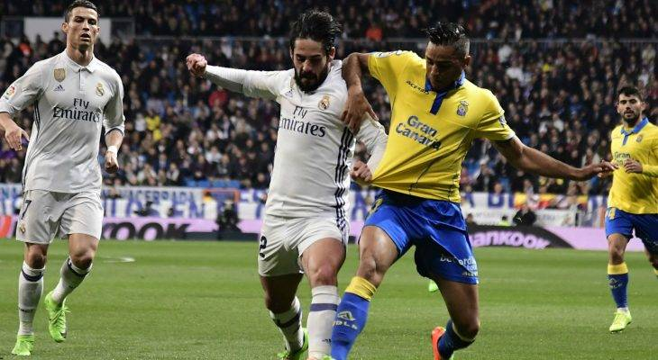 Real Madrid 3-3 Las Palmas: CR7 cứu rỗi kền kền trắng