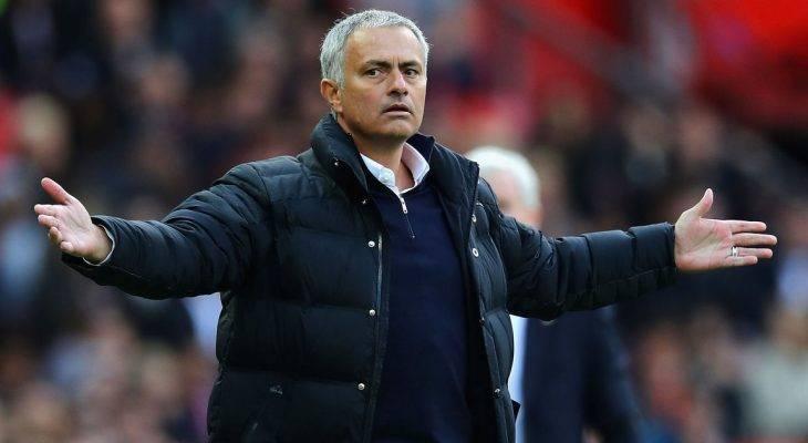 """Jose Mourinho: """"Các tiền đạo Man Utd quá vụng về"""""""