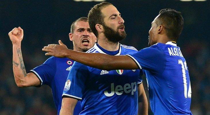 Napoli 3-2 Juventus: Thoát hiểm tại San Paulo