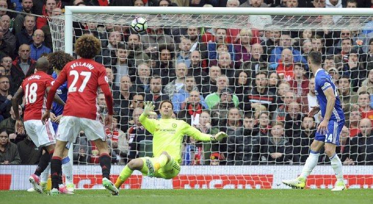 Man United 2-0 Chelsea: Show diễn của Herrera
