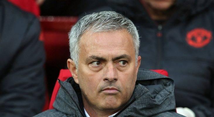 Jose Mourinho chê Manchester United thời Van Gaal