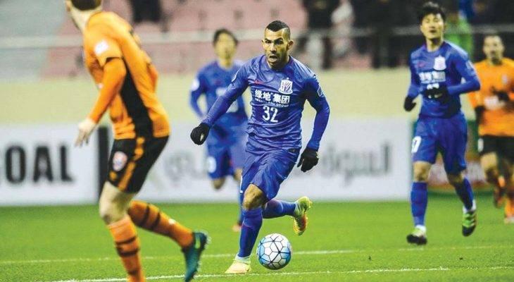 Shanghai Shenhua xem xét chấm dứt hợp đồng sớm với Tevez