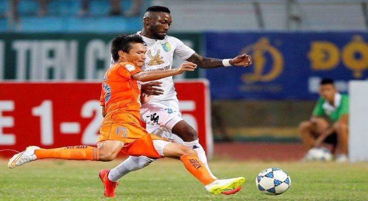 """Thi triển """"đặc sản"""" V-League với cầu thủ Philippines, Samson đối diện án phạt từ AFC"""